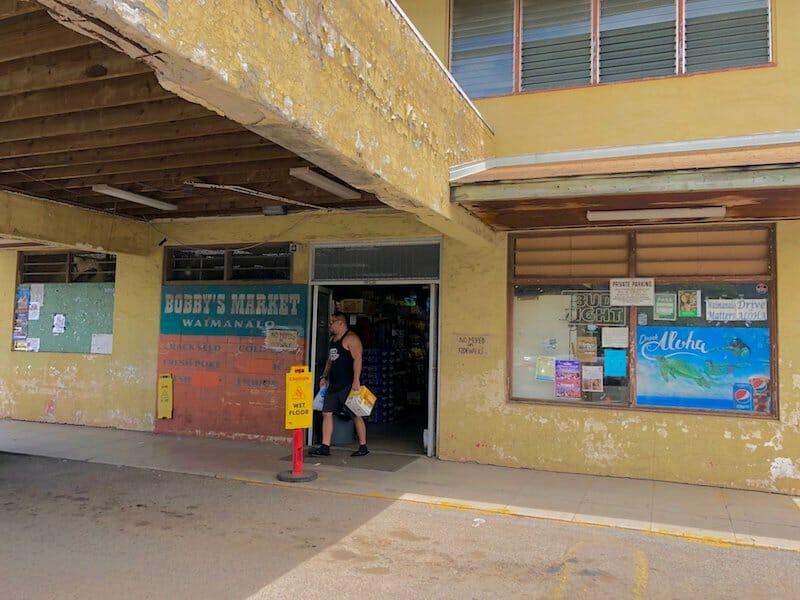 Bobby's Market Waimanalo