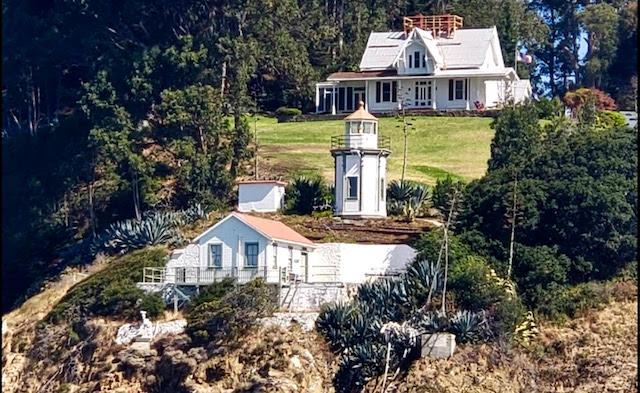 Light House Yerba Buena